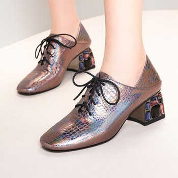 2020 New Fashion Women Genuine Leather Shoes Square Toe Thick Heels Luxury Crystal Shoes Woman Wedding Party Pumps Big Size