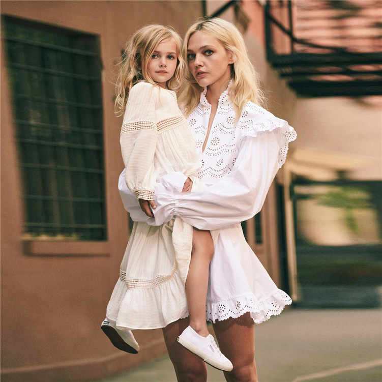 3b1dee7182 New 2019 Spring High Quality Designer Runway Dress Women Casual A-line  Flare Sleeve White