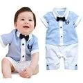 Горячий продавать комплект одежды младенца набор небесно-голубой рубашки топ + короткая брюки мальчиков платье ropa де bebe дети одежда набор детей костюм