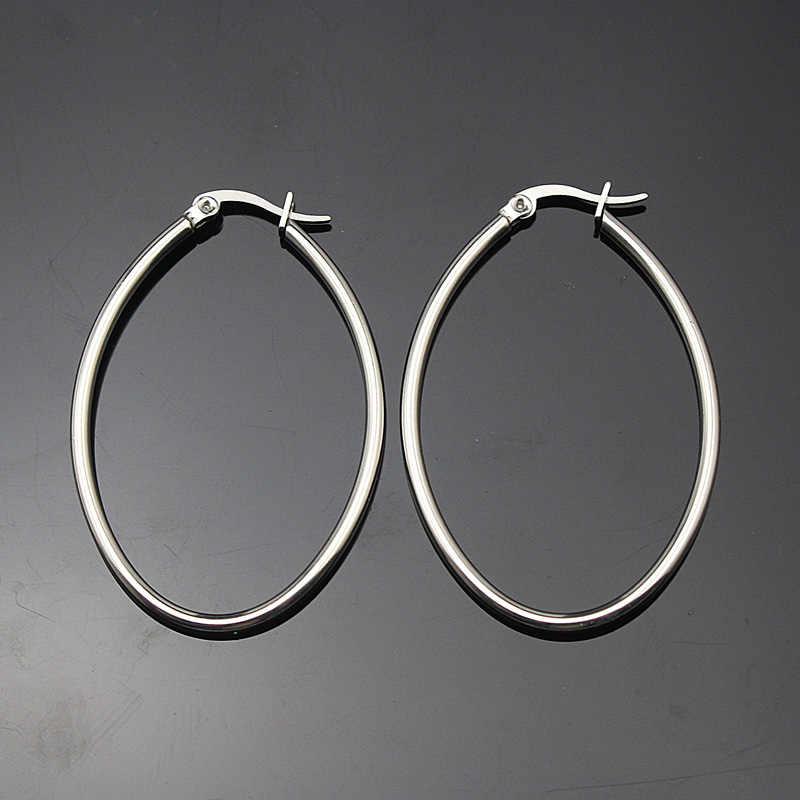 3ea8c5679b92 ... De acero inoxidable de color de plata de la joyería fina oval aro  pendientes para las ...