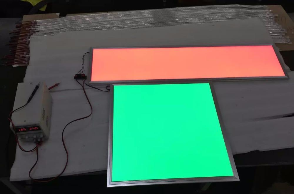 a luz do painel Quadrado 300x1200mm RGBW