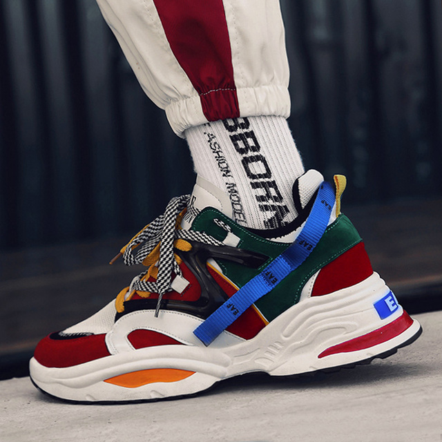 INS Vintage Dad Sneakers 2018 Kanye West 700 Light Breathable Men Casual Shoes Zapatillas Hombre Casual Tenis Masculino