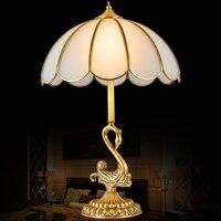 Модные роскошные высокого качества Континентальный медь прикроватные тумбочки, настольные лампы, украшения стол свет краткое американски