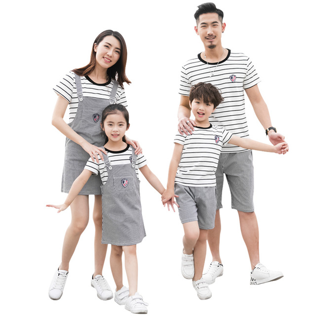 141e844da4da 2019 Plus Size Family Clothing Summer Fashion Striped T-shirt Outfits  Mother Daughter Dresses Father Son Boy Girl Clothes set