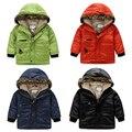 Ropa de invierno para niños wadded chaqueta del bebé del invierno del niño, además de terciopelo engrosamiento prendas de vestir exteriores hijo varón de color sólido color Puro