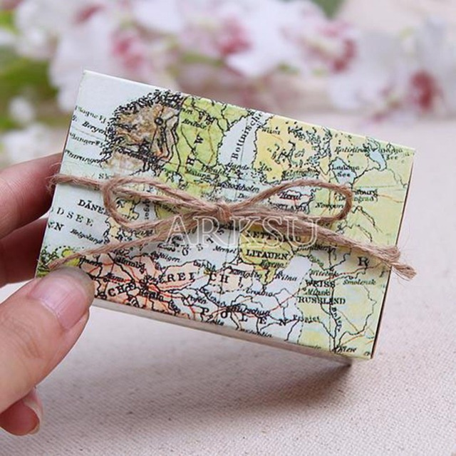 100 pcslot world map cuboid wedding paper favor candy boxes gift boxes with string