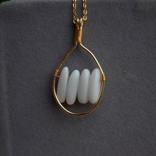 цена Natural White Porcelain Stone Beads Gold Color Wire Wrapped Pendant Chain Long Necklace Women Choker Boho Fashion Jewelry онлайн в 2017 году