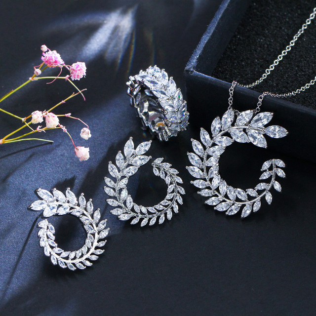 CWWZircons 4 Pcs Leaf Shape New Fashion CZ Necklace Earring Bracelet and Ring Sets Famous Brand Jewelry Womens Accessories T011 3
