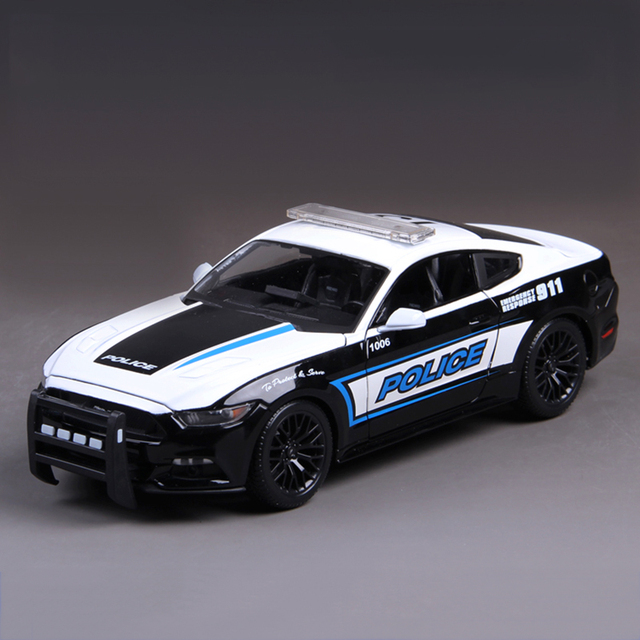 Mustang 911 Черный & Белый 1:18 Diecast Автомобилей Металл Гоночный Автомобиль Play Коллекционные Модели Sport Cars toys For Gift