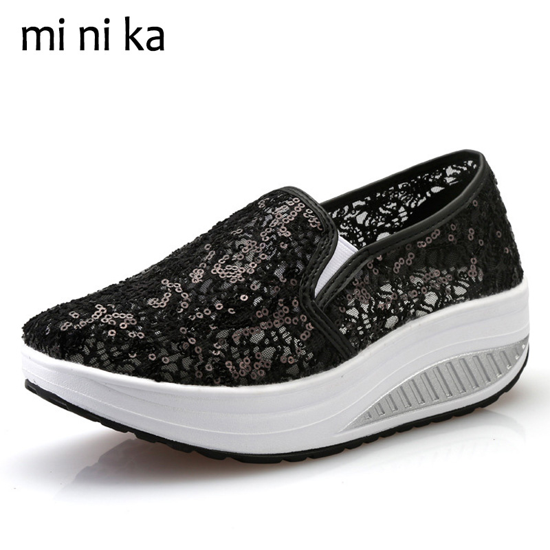 MINIKA Hollow Outs Lace Women Flats Breathable Summer Shoes 2017 Platform Women Flat Shoes Casual Female Loafers Slip On SNE-768 summer women shoes casual cutouts lace canvas shoes hollow floral breathable platform flat shoe sapato feminino lace sandals