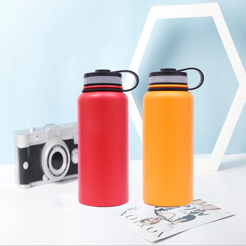 Insulated sports water bottle 4