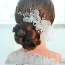 Korean crystal flower beaded bride hair headdress jewelry studio modeling wedding accessories beige clips