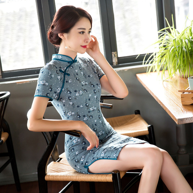 c1b2630f18 High Quality Floral Print Short Sleeve Qipao Traditional Chinese Cheongsam  Linen Dress Qipao Oriental Dresses Chinese Style