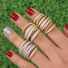 Godki 모나코 디자인 럭셔리 트위스트 스택 여성용 스태킹 링 웨딩 큐빅 지르콘 약혼 두바이 naija bridal finger ring