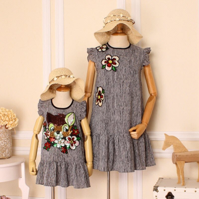 Family Clothes Black & white stripe Flowers Sequins Deer mother daughter plus large size Woman Pleated dress Chiffon Girls dress plus frill trim pleated dress