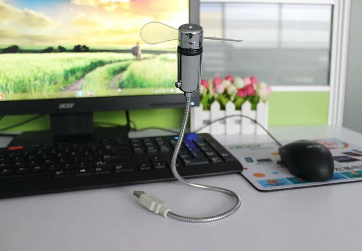 50pcs New Mini Cool Office Gadget Desk Flexible Gooseneck Usb Led Real Clock Fan For Pc Bank Children Gift Us281
