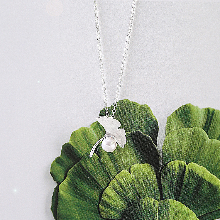 product Ginkgo Leaf and Pearl Necklace 925 Sterling Silver Jewelry Chain Contracted Fashion Elegant Female Clavicle Joker Adorn Article