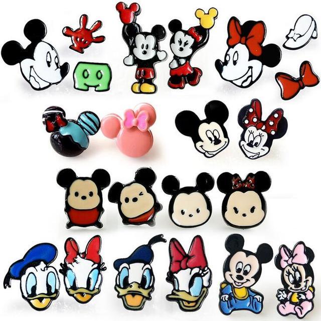 e6e90dd62257 Mickey Minnie Mouse y pato Donald BB moda personalidad asimétrica pequeños  pendientes nuevos pendientes femeninos modelos