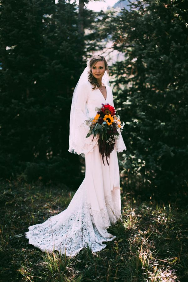 Intimate-Southwest-Colorado-Wedding-in-the-Mountains-Lauren-Parker-Photography-21-600x900