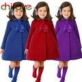 2016 Niños de La Manera Niñas Niños Chaqueta Larga Caliente Abrigo de Invierno Niña Decoración Del Arco Primavera Outwear Rojo Azul Púrpura Del Color Disponible