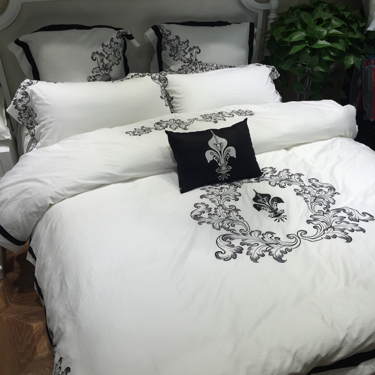 White Embroidered Princess Bedding Set Luxury Solid Color