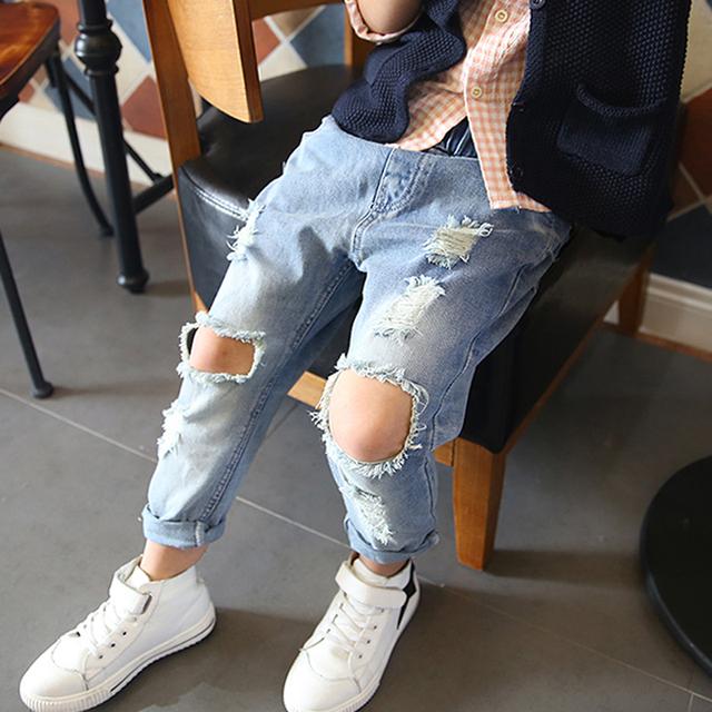 Crianças Calças do bebê Crianças Maré Buraco Quebrado Calça Jeans Nova Primavera 2016 Da Marca de Jeans Meninos Meninas Calças 2-7Yrs Alta Qualidade