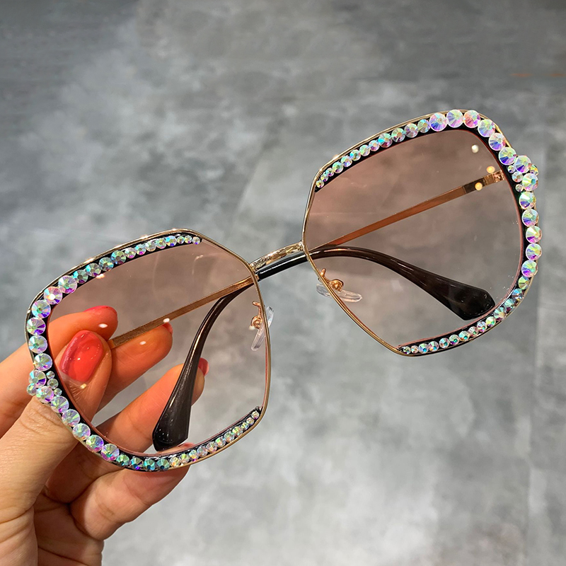 2019 sunglasses women  Luxury Rhinestone square Sun glasses clear lens Oversized men sunglasses Vintage Shades 2