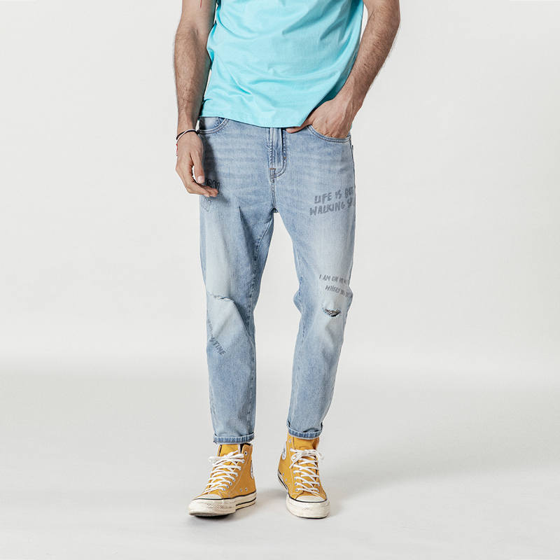 SIMWOOD 2020 Spring New Jeans Men Fashion Letter Print Ripped Ankle-length Hip Hop Streetwear Hole Denim Trousers  190350