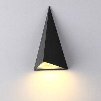 Il nuovo moderno ha condotto la lampada da parete, lampada esterna impermeabile lampada da parete per esterni triangolo cortile luce del corridoio balcone applique da parete