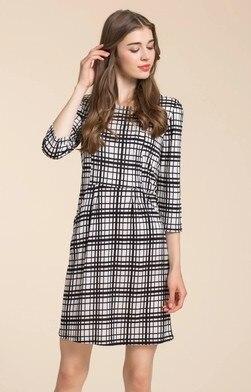 La nouvelle robe en tricot de soie femme européenne haut de gamme mince longue soie florale Qun Zi 100%