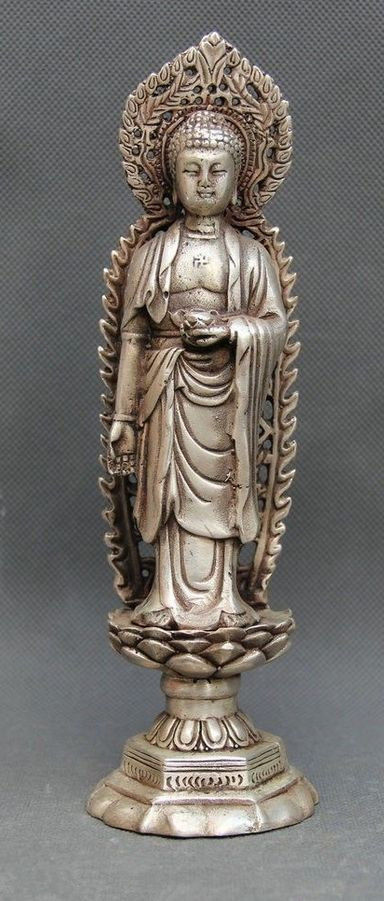 Miao Silver Carving Efficacy Kwan-yin Barefoot On The Holy Lotus Noble StatueMiao Silver Carving Efficacy Kwan-yin Barefoot On The Holy Lotus Noble Statue