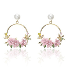 2019 Limited Direct Selling Tassel Earrings Korean Version Of Ins Net Flower Ear Nails With Sweet Soft Pottery Pearl