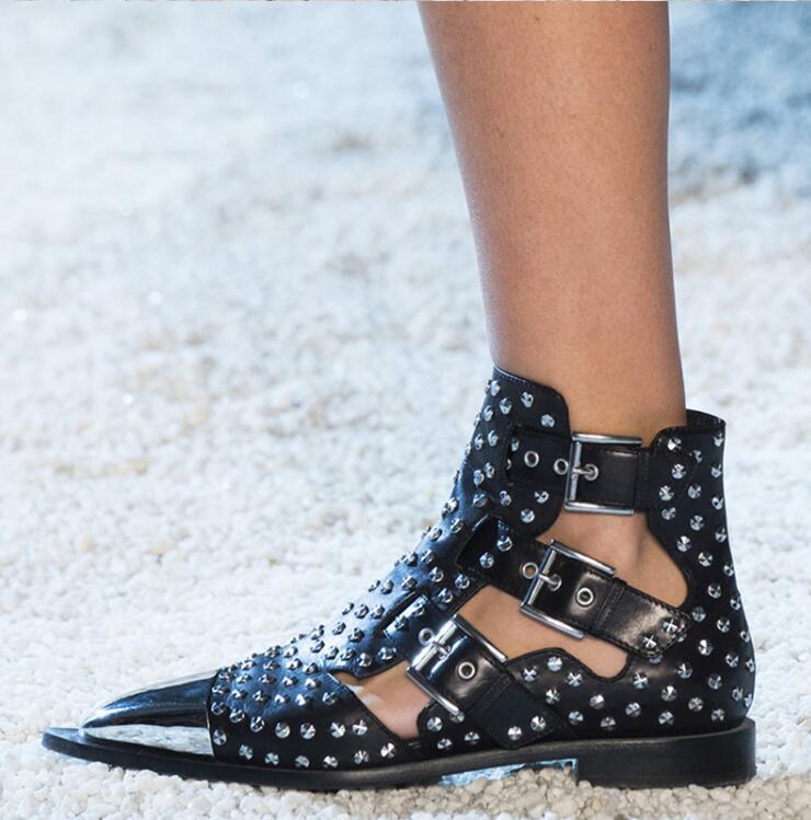 Pics Bouclée Bottes Sandales Talons Shown Qianruiti Métal D'été Nouvelles Pointu De Cheville Chaussures Tenue Gladiateur Piste Fête Hauts as As Femmes Bout wXnnvHIqS