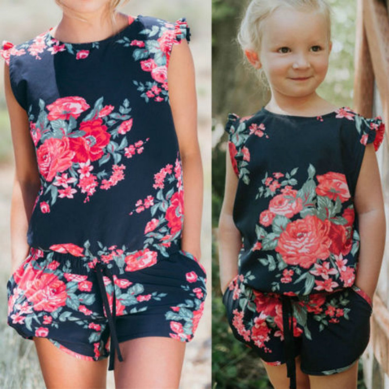 2018 Mutter Und Tochter Passenden Mama Strampler Kleidung Mädchen Bluse Hot Pant Set Overall Familie Outfits Blumendruck Playsuits
