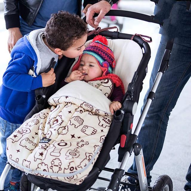 Baby sleeping bag winter children's outdoor embrace baby blanket baby trolley Foot set bamboo fiber muslin swaddle couette enfan