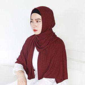 Image 3 - חדש נשים מודאלי כותנה קמטים עיצוב צעיפים מוסלמי חיג אב מוצק צבע מלזיה ג רזי חיג אב ארוך מגבת צעיף רך מטפחת