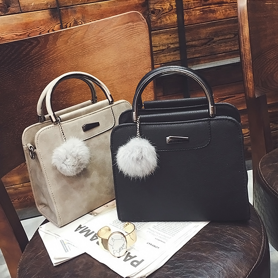 LANLOU 2019 Handbag Women Bag Hairball Shoulder Bag Luxury Handbags Women Bags Designer High-grade Scrub Leather Messenger Bags