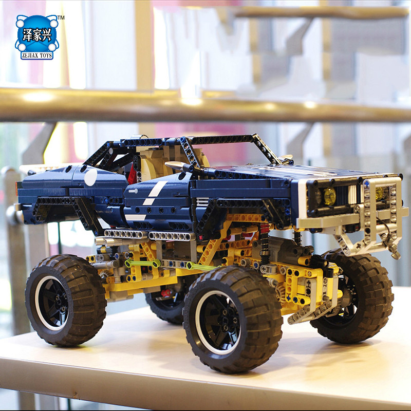 HOT SALE 4x4 Crawler Exclusive Edition Building Bricks Blocks Pickup Toy Compatible Lepins for Children Boys Game Model Car Gift hot sale 4x4 crawler exclusive edition building bricks blocks pickup toy compatible lepins for children boys game model car gift