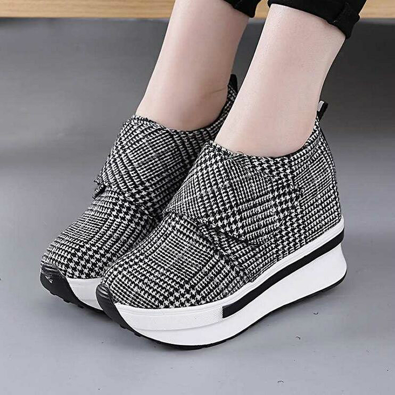NEW Hidden Heel Women Casual Platform Shoes Woman Sneakers 2019 Canvas Slip On Shoes For Women Height Increasing Wedges Shoes W4