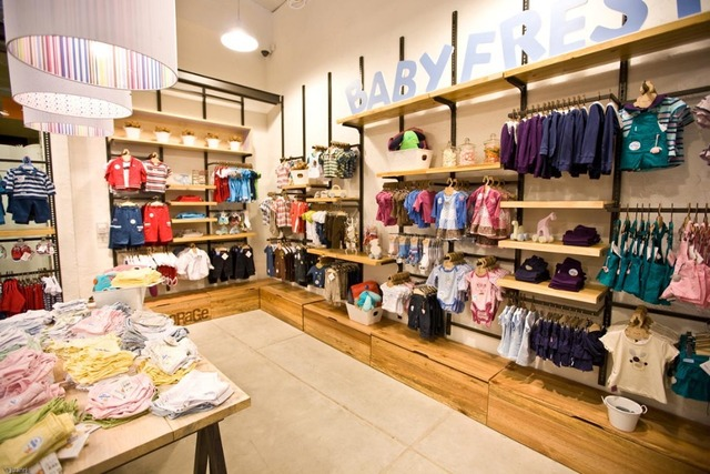 8cabb072f3 US $800.0 |Kid Clothing display counter clothing showcase for retail store  with LED lighting-in Jewelry Packaging & Display from Jewelry & Accessories  ...