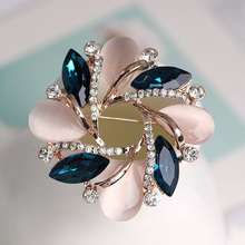 Flower Crystal Rhinestone Brooch