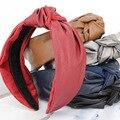 Lindo Medio Nudo Hairbands Diadema Dulce Niña Arco DE LA PU de Cuero de Gamuza de Cuero de Las Mujeres Todas Correspondan Headwear Azul Negro Rojo Café