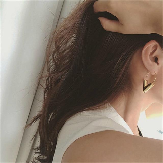 Brincos Oorbellen Simple Metal Wind Letter V Shape Stud Earrings