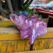 Raro bonito roxo chama aura cristal de quartzo, espécie de cluster masculino