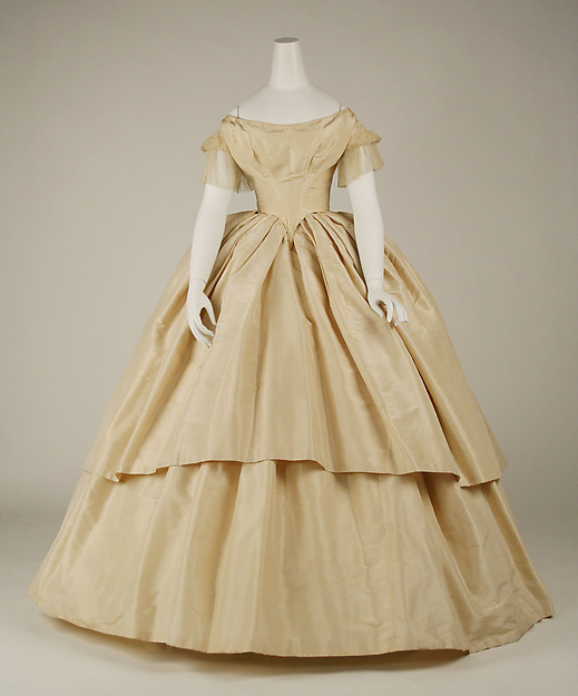 Buy 1858 american elaborate wedding gowns for Period style wedding dresses