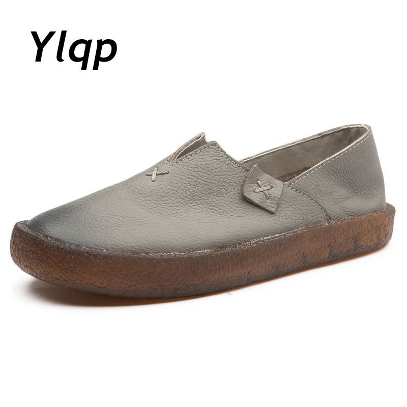 2017 New Fashion Loafers Black Red Women Handmade Shoes Woman Genuine Leather Soft Casual Flat Shoes for Women ballet Flats yaerni fashion loafers women shoes genuine leather shoes handmade soft comfortable flat shoes woman casual shoes women flats