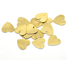 Doreen Box Lovely 100PCs Brass Blank Stamping Tags Pendants Love Heart for Necklaces,Earrings,Bracelets etc (B18581)