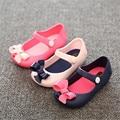 Verano Lindo pajarita Niñas sandalias 2017 Nuevos bebés Zapatos de la jalea Sandalias de la jalea sandalias de Los Niños Marca Mini sed 3 Colores