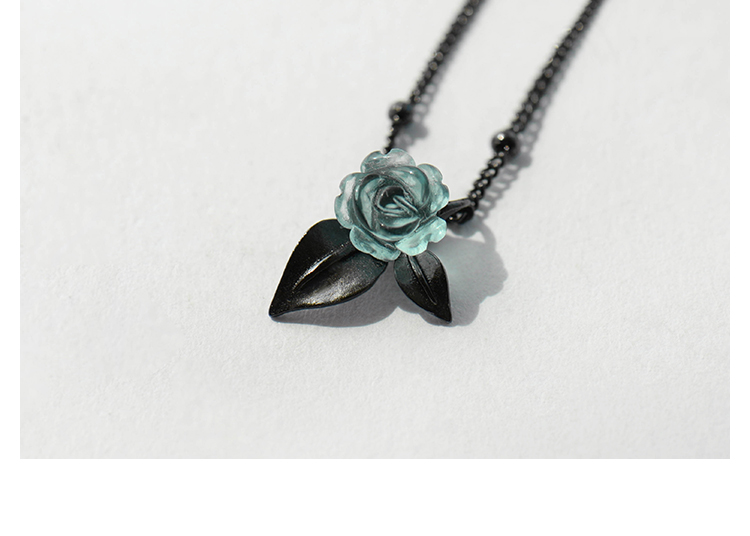 Silver Blue Rose Designed Pendant Necklace