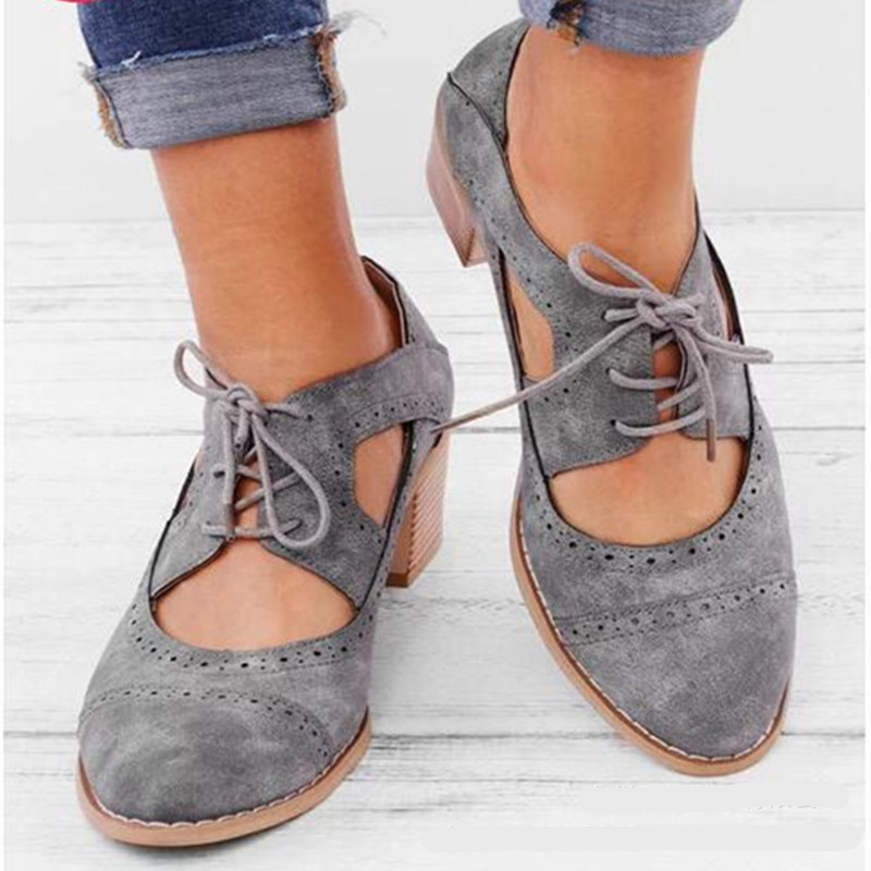 Hollow-Carved Women Sandals 2019 Summer Style Retro Platform Brogue Sandals Comfortable High Hoof Thick Heels Shoes Size 35-43Hollow-Carved Women Sandals 2019 Summer Style Retro Platform Brogue Sandals Comfortable High Hoof Thick Heels Shoes Size 35-43